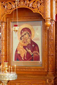 Феодоровская чудотворная икона в Бобреневе
