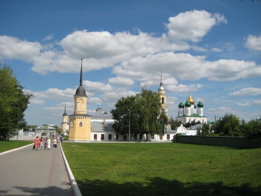 Свято-Троицкий Ново-Голутвин женский монастырь